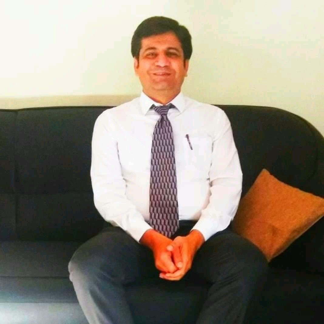 Dr Ashish Deshmukh